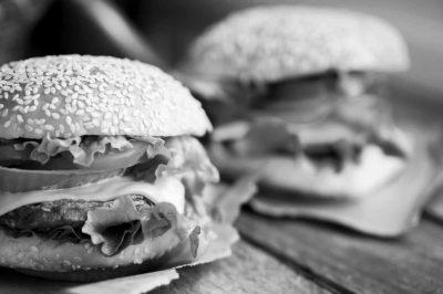 hamburgers zwart wit
